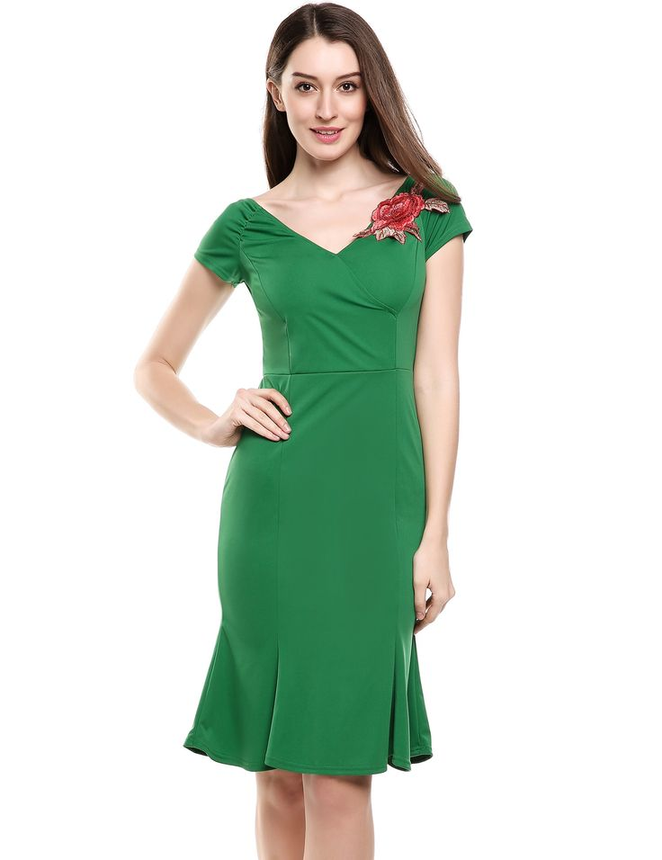 Green Vintage Styles V-Neck Short Sleeve Solid Off Shoulder Mermaid Going Out Dress