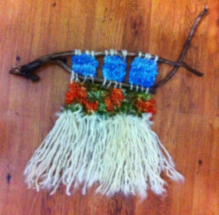 Telar decorativo en lana