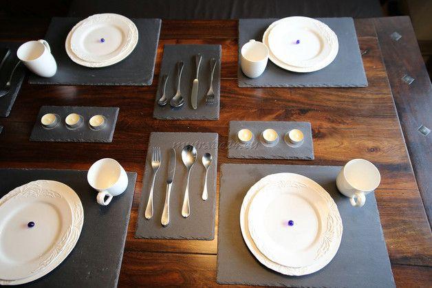 Edler, exklusiver 10-teiliger Natur Schiefer Platzset, Tischset für 10 Personen 40x30 cm  Der Versand in Deutschland erfolgt kostenlos.  Jede Platte entstand durch Handarbeit und ist ein...
