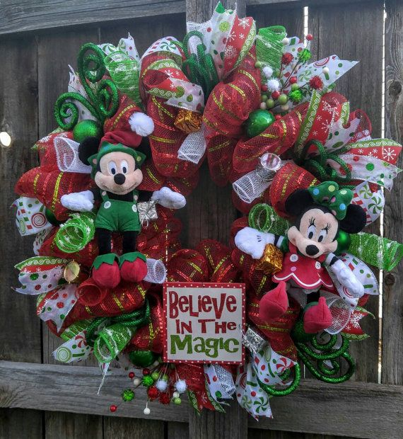 68 best DISNEY CHRISTMAS WREATHS images on Pinterest | Christmas ...
