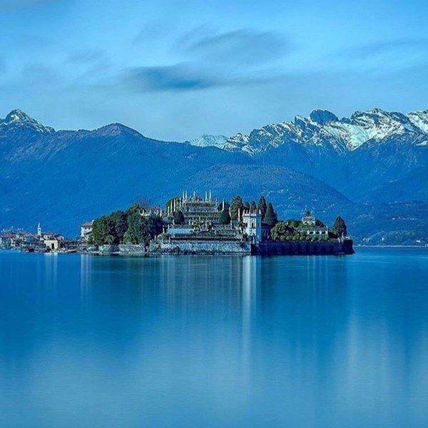 L'#Italie le pays des lacs @ISOLEBORROMEE @regionepiemonte  bit.ly/1ZHLhst [instagram.com/p/BTqhxnkBPDq/] photo By : domdotdom https://t.co/gRb6kZCdqT
