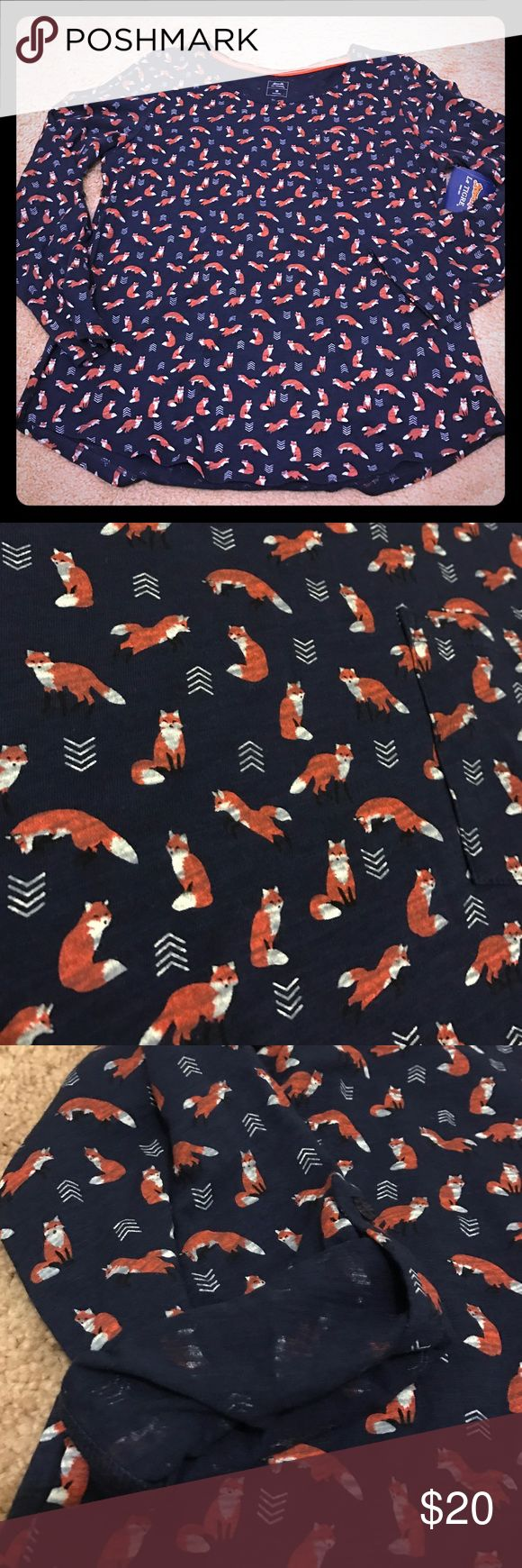 """Adorable long sleeve fox shirt in navy Adorable! Has a pocket and option to roll and button sleeves to 3/4 length. Chest measures 19"""" across, length measures 23"""" at sides and 24.5"""" in the middle. le tigre Tops Tees - Long Sleeve"""
