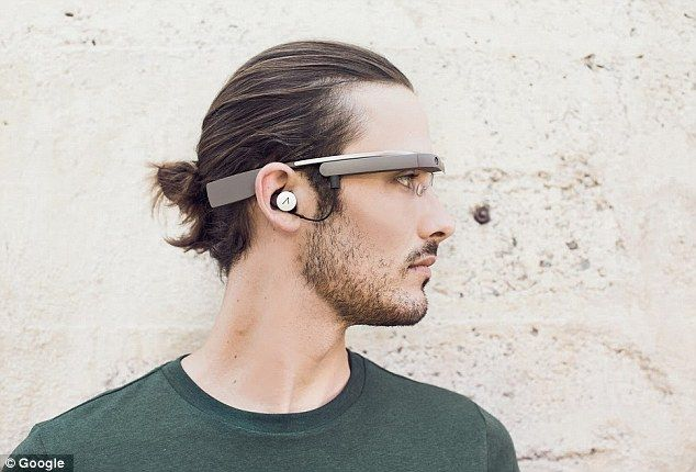 Shortly after revealing recently that Google Glass hardware would probably be modified later on this present year and also provided to existing Glass Explorers enthusiastic about exchanging to a more recent unit, Google now provides a glance at the second generation Glass in the pictures preceding published to Google+.