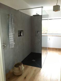 Beton Ciré   Wandgestaltung Mit Effektputz In Betonoptik. Badezimmer ...