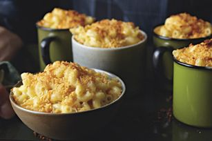 Four Cheese Macaroni Recipe - Kraft Recipes (halved, used 3 oz med cheddar + 2 slices american)