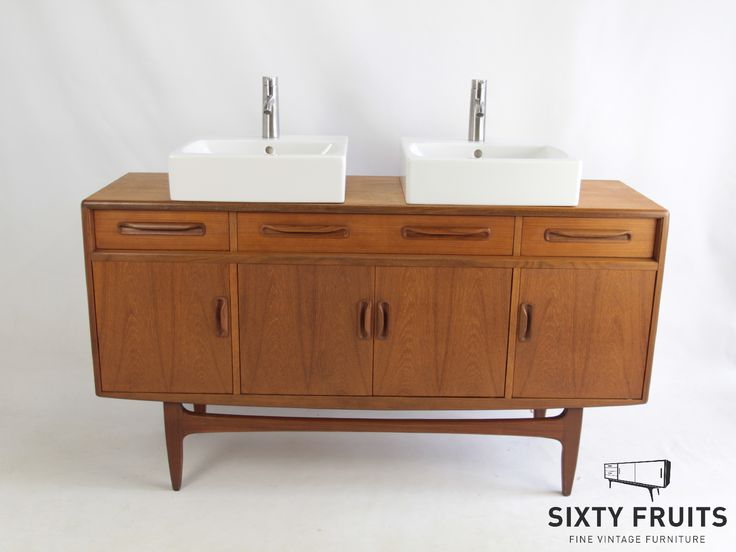 #Vintage #Retro #Retrofurniture #Vintagedressoir #Dressoir #SixtyFruits #60's #bathroom #bathroomfurniture G-Plan Fresco 0356