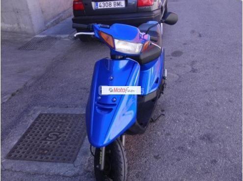 Foto 3 de YAMAHA Jog 50 R Scooters 50cc | Imagen 6794207