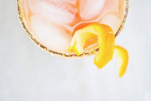 Une-deux senses: Guava-Orange Margaritas