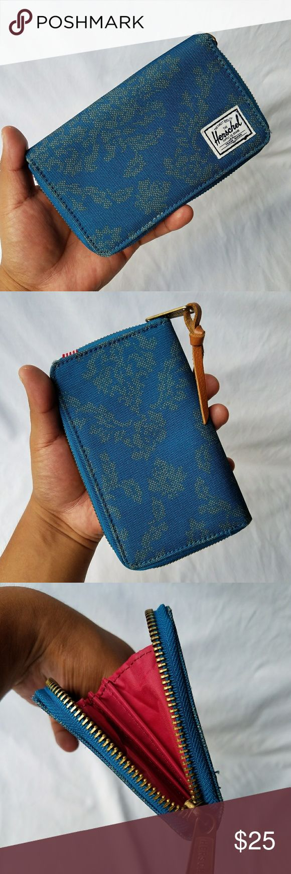 Herschel Floral Wallet 100% Authentic  Item has been used/Normal Wear  Comes as seen in pictures Herschel Supply Company Bags Wallets