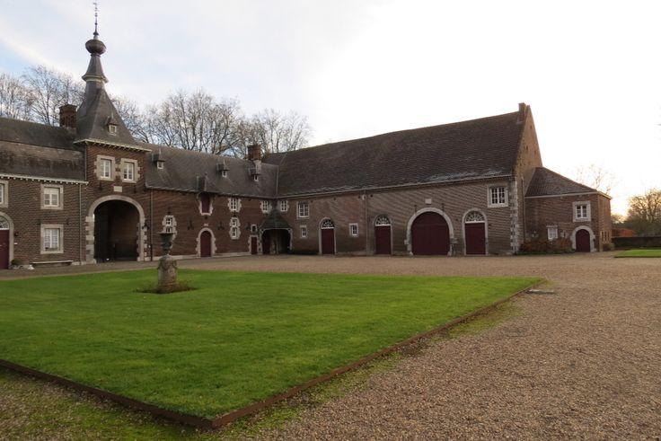2015-01-01 Koetshuis en entree van Kasteel Eijsden