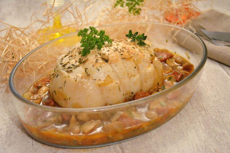 Röti de dinde, avec une petite sauce au chorizo et aux champignons