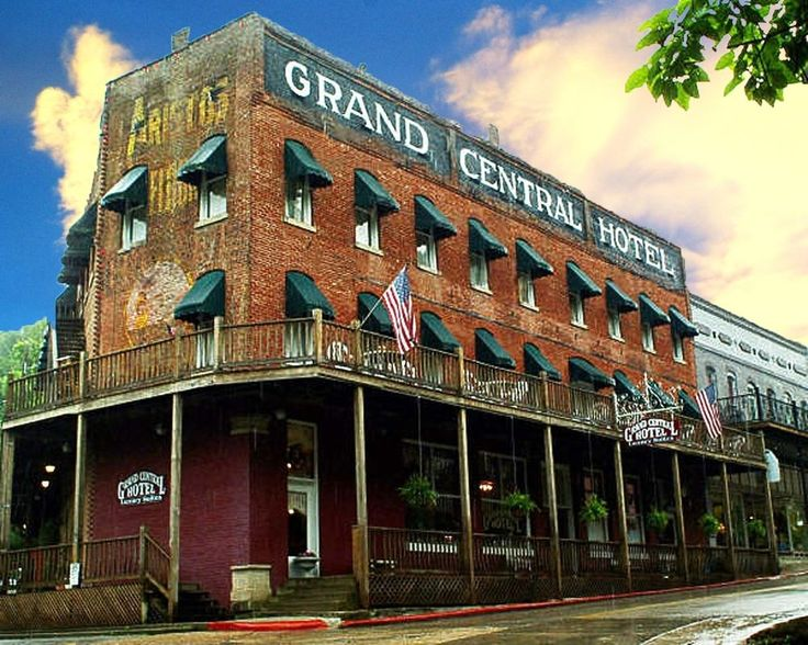 Grand Central Hotel Eureka Springs Arkansas Featuring Free Wifi A Restaurant And Sun Terrace Offers Pet Friendly Accommodation In