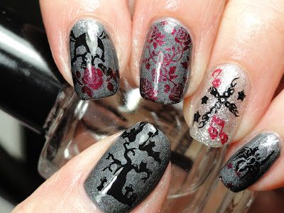omg these nails are gorgeous....i wnt my nails like this :p