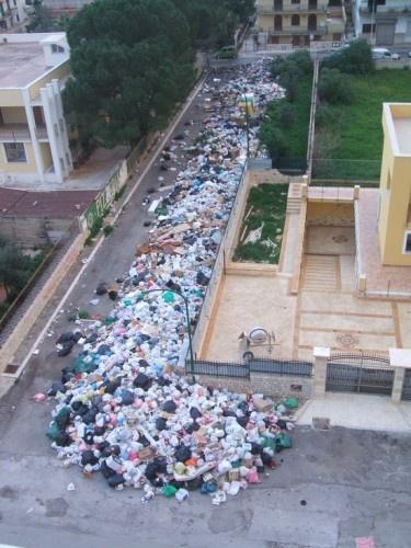 capaci, spazzatura, rifiuti
