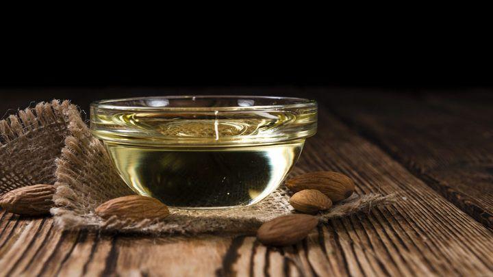Mandlový olej: Nový hit pro kůži, vlasy i zdraví