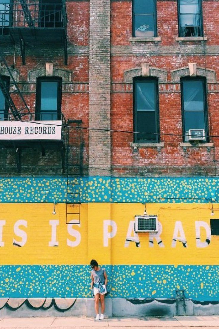 13 Walls In Toronto That Will Make Your Instagram Feed Look Super Hip – Laura Mineo Amenta