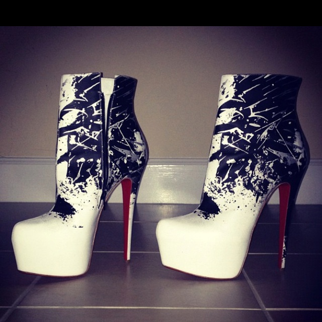 christian louboutin outlet shoes christian louboutin boots 37
