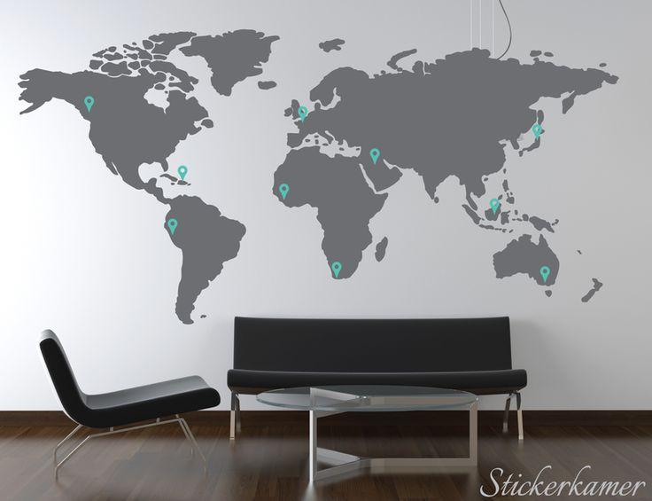 Muursticker wereldkaart donker grijs met pin points van stickerkamer.nl voor €32,95