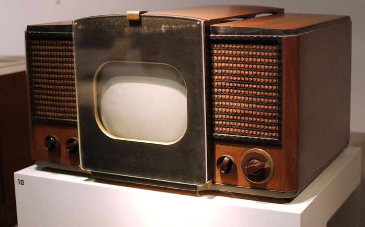 The RCA 630-TS, the first mass-produced television set, sold from 1946 to 1947. Description from utubersity.com. I searched for this on bing.com/images