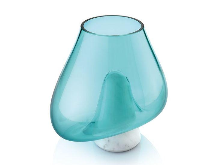 Vaso in vetro soffiato con base in marmo di Carrara CUMULI By gumdesign design Gabriele Pardi, Laura Fiaschi