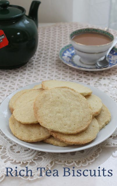 Food Lust People Love: Lazy Cow Rich Tea Biscuits #CreativeCookieExchange