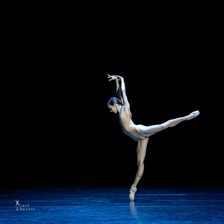 <p>Maria+Kochetkova+in+Styx,+music+by+Nils+Frahm,+choreography+by+David+Dawson. Shot+in+the+State+Kremlin+Palace+(Moscow,+Russia)+on+15.10.2016,+Kremlin+Ballet+Gala+2016. +Maria+Kochetkova+is+currently+Principal+Dancer+with+American+Ballet+Theatre+and+San+Francisco+Ballet.+She+was+born+in+Moscow.+Maria+trained+at+the+Bolshoi+Ballet+…</p>