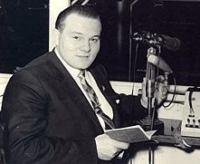 Bruce Skeggs at microphone