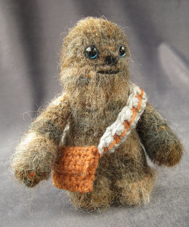 KNITTED STAR WARS CHARACTERS