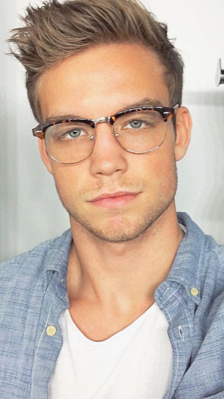 As 25 melhores ideias de Men in glasses no Pinterest | Hot ...