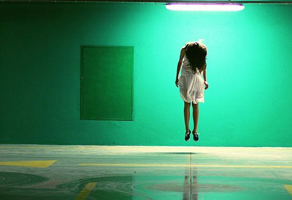 Great levitation shot.   Tittle by Burcum Baygut, via Behance
