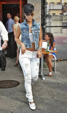 Stylish Starlets: The Best of Rihanna IV