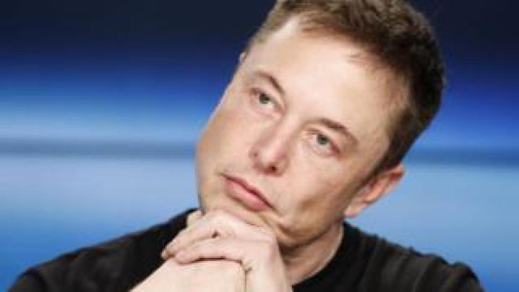 Elon Musk: SpaceX and Tesla alive by skin of their teeth  Image copyright Getty Images Image caption  Elon Musk said he initially didnt think his companies were likely to succeed    Elon Musk says his companies SpaceX and Tesla are both still alive only by the skin of their teeth.  The entrepreneur told an audience at the South by South West (SXSW) conference that both companies almost went bankrupt in 2008.  I gave both SpaceX and Tesla a probability of less than 10% likely to succeed he…