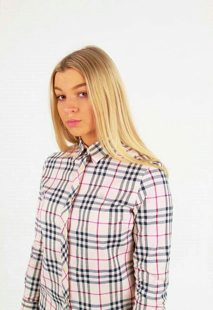e37d58d8d2e Pin by Magik Dragon on Buttoned Up Ladies in 2019 | Shirt blouses ...