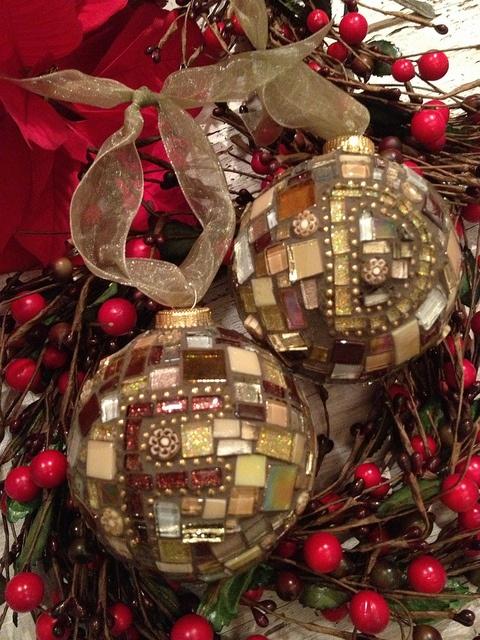 xmas balls by Nikki Inc Mosaics, via Flickr