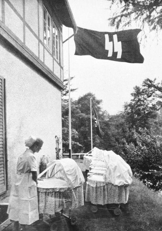 """Lebensborn , en castellano """" manantial de vida """", fue una organización creada en la Alemania nazi por el líder de la SS Heinrich Himmler, como S…"""
