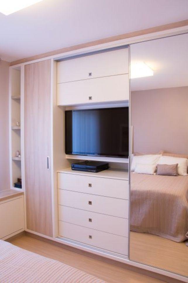 Televizor in dormitor - idei de amenajare- Inspiratie in amenajarea casei - www.povesteacasei.ro