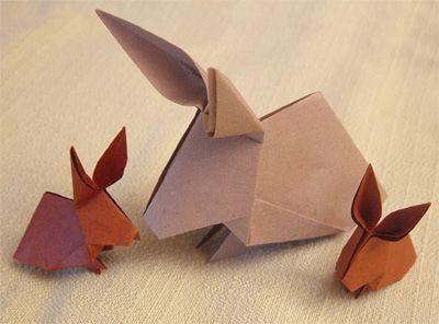 #Origami #Hasen / PDF-Vorlage: http://www.origamipage.de/pdf/Hase.pdf