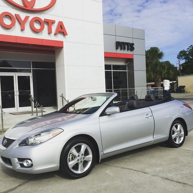 #Toyota #Solara #convertible #dropthetop #letthegoodtimesroll #loyaltoyota #letsgoplaces @pittstoyota @downtowndublin @visitdublinga