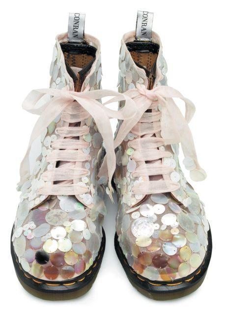 Fantastisk... <3: Shoes, Fashion, Doc Martens, Style, Doc Martin, Glitter Boots, Dr. Martens, Sequins, Combat Boots