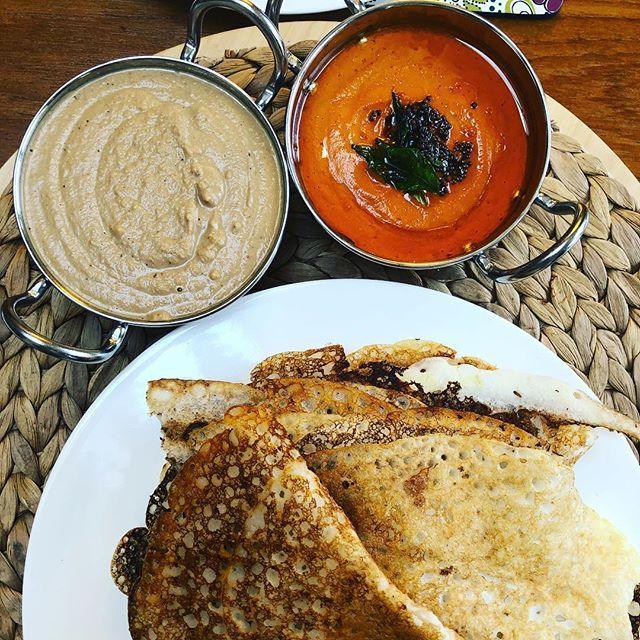Weekend breakfast scenes : dosas tamarind-coconut and garlic-tomato chutneys. #MangiaBene #HomeMade #TalesFromNW #Weekend