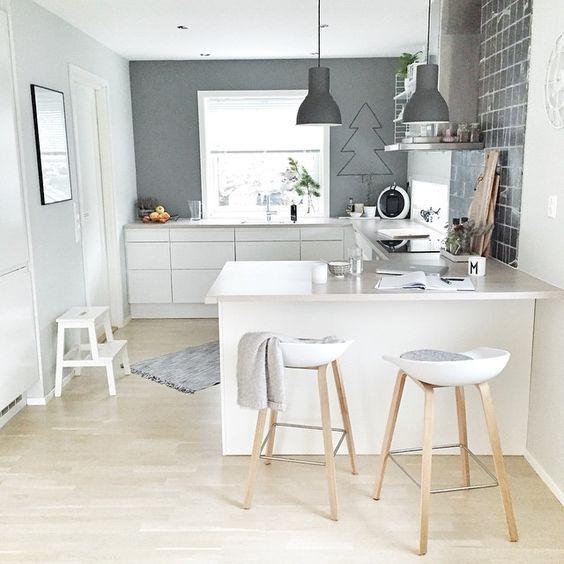Cocina estilo escandinavo con barra