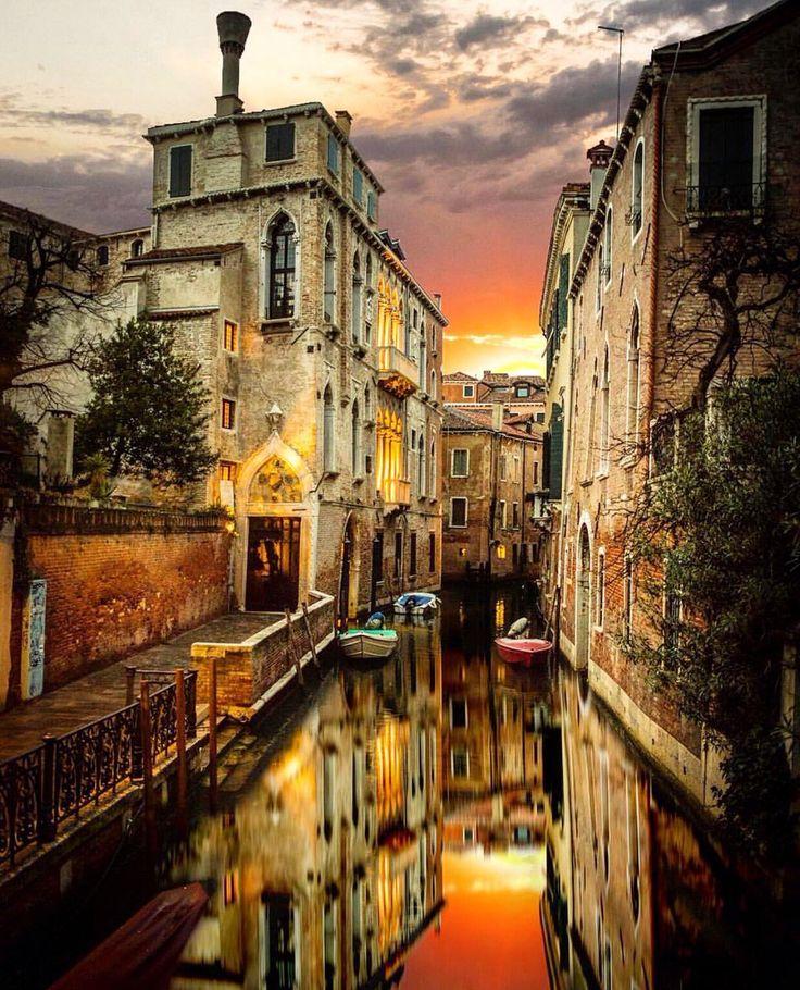 Tramonto a #Venezia