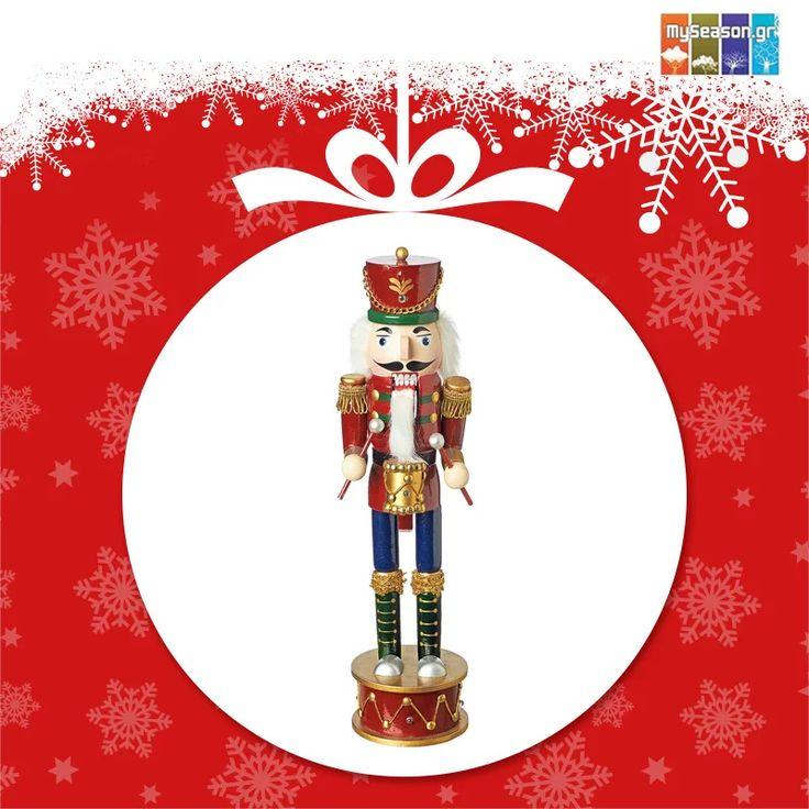 Photo: Βγαλμένος από παραμύθι, ο ξύλινος διακοσμητικός μολυβένιος στρατιώτης από το #MySeason δίνει μια κλασική νότα στα #Χριστούγεννα!  https://goo.gl/VMjMaJ!  #christmas #christmas2016 #christmasshopping #christmasdecor #xmasdecor #ornament #holiday #festiveseason