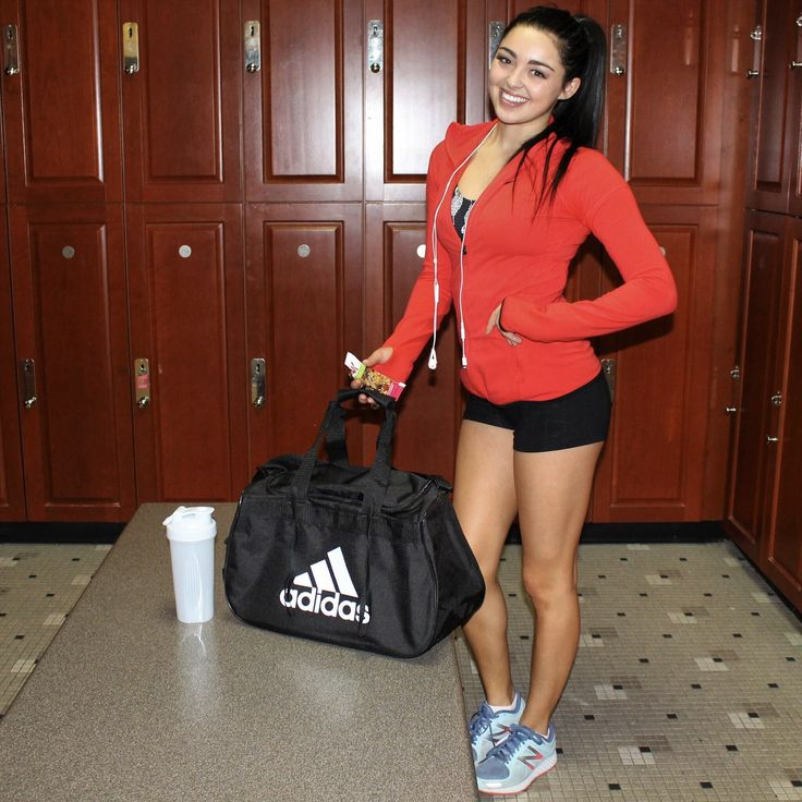 170 Best Images About Gym Essentials On Pinterest: 1000+ Ideas About Gym Bag Essentials On Pinterest