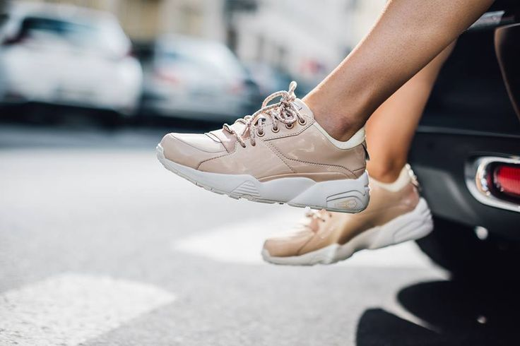Sneakers femme - Puma R698 patent nude (©dots)