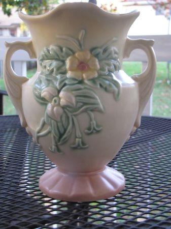 39 best Hull Vases images on Pinterest | Mccoy pottery ...
