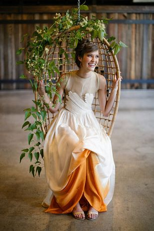 Buzzfeed - 50 Gorgeous Wedding Dress Details That Are Utterly To Die For - 30. The way the lining shows through.