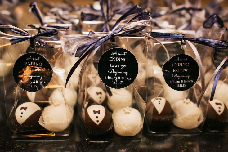 Bride and Groom Truffle Wedding Guest Favors | St. Petersburg Wedding Photographer Limelight Photography