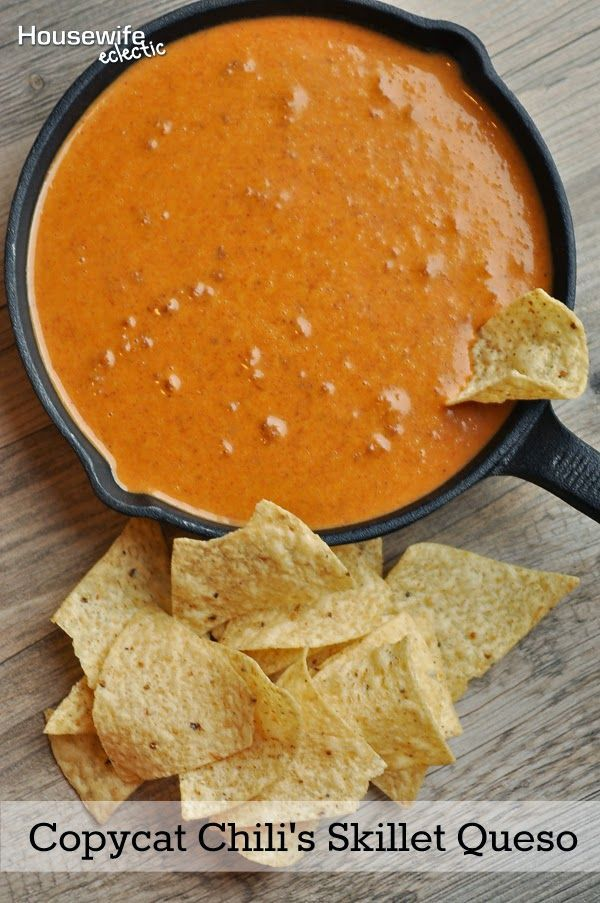 Housewife Eclectic: Copycat Chili's Skillet Queso