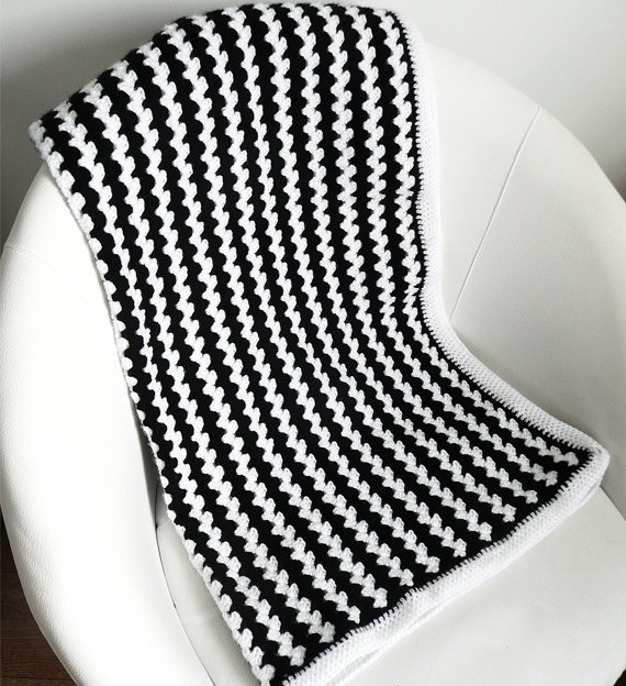 Crochet black and white stripes